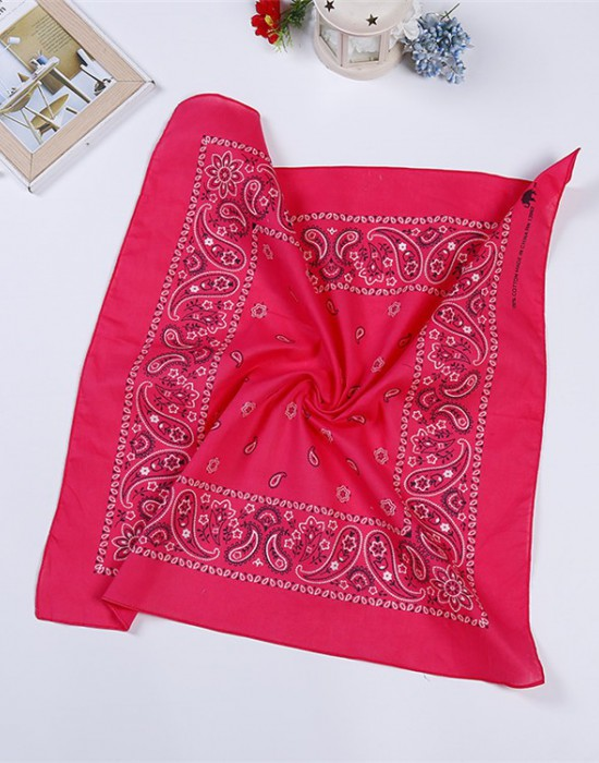 Бандана кърпа за глава New Bandana в тъмнорозов цвят, Бандани кърпи - Bandana.bg